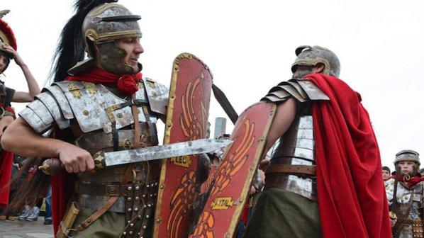 """Римски легионери откриха реставрираната римска вила """"Армира"""" (галерия)"""