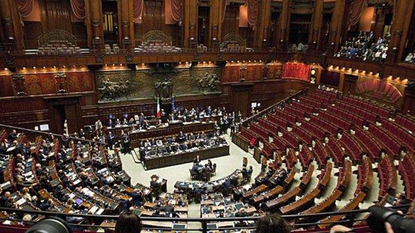 Италиански министър подаде оставка след разговори, уличаващи я в злоупотреби