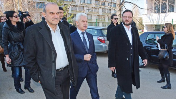 Официално: Сидеров обвинен в хулиганство (обновена+видео+галерия)