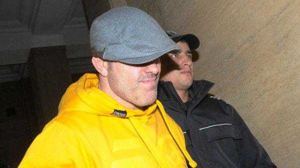 Брендо напусна софийския затвор в линейка