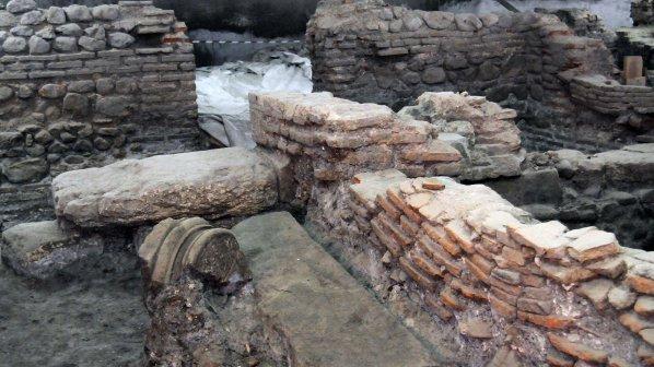 Багери рушат античната история на Сердика, алармират архитекти (видео)