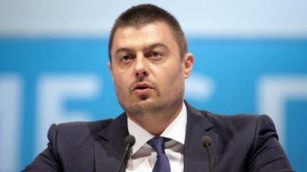 Бареков отговори на Славчев