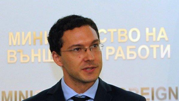 Даниел Митов предлага наказания срещу българи, биещи се за Ислямска държава