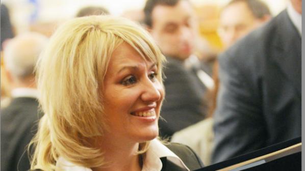 Ана Баракова: Много добре се чувствам в пленарната зала