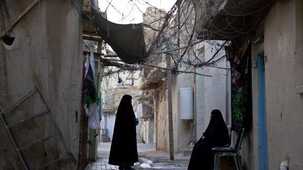 Забрадки с макове носят британски мюсюлманки (снимка)