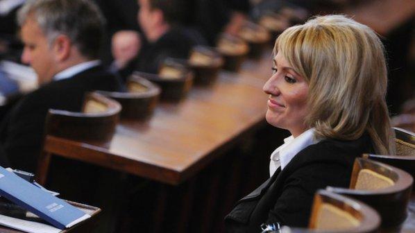 """Ана Баракова ще гласува """"за"""" кабинет на Борисов"""