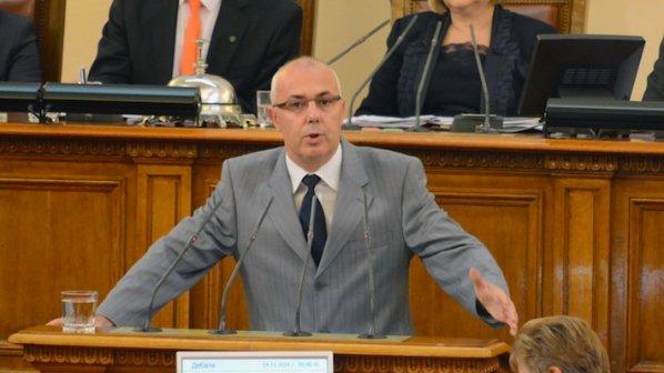 Вътрешният министър представи тримата си заместници