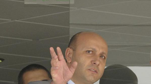 Автомобилният бранш плаши с протест, не искат Флоров за шеф на ДАИ