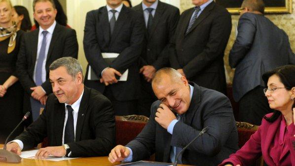 ГЕРБ свикват коалиционните партньори заради спорния зам.-министър (видео)