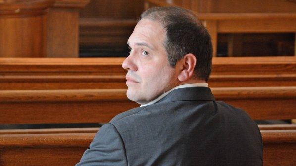 Филип Златанов пред припадък в съда. В едномесечен срок става ясна присъдата му (обновена+видео)