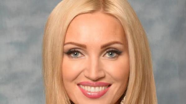 Ослепителна блондинка от Беларус е Мисис Свят 2014 (видео)