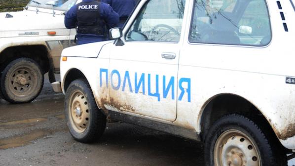 Вътрешна сигурност следи полицаи за трафик на имигранти