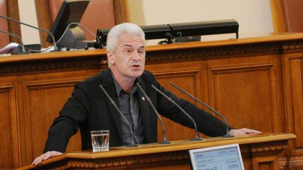 Сидеров обвини Борисов в плагиатство (видео)
