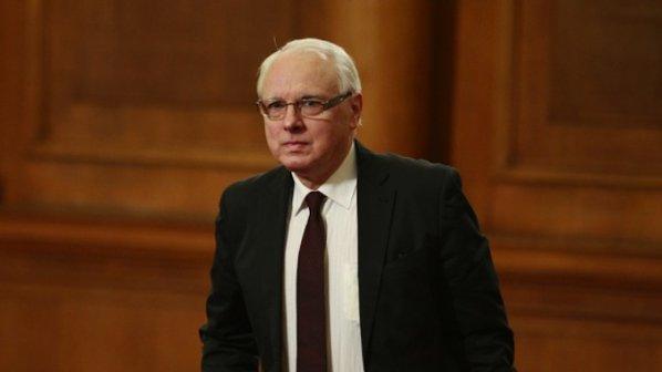 Велизар Енчев прави нова партия