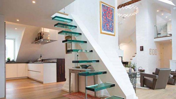 Интересни идеи за стълбите в интериора