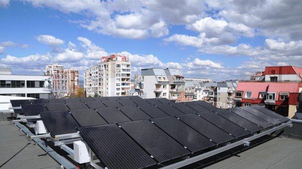 Фотоволтаик на покрива осигурява енергийната независимост за всяко домакинство