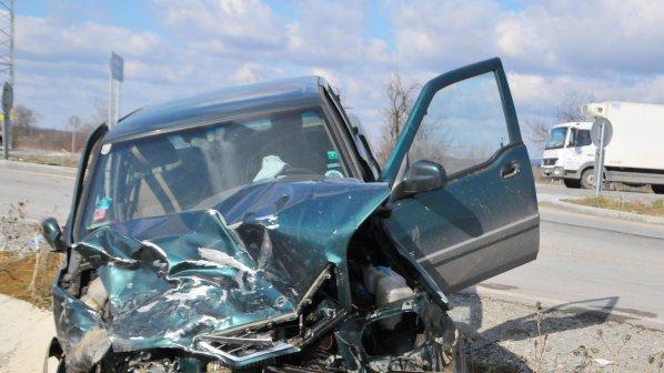15 ранени на пътя през денонощието