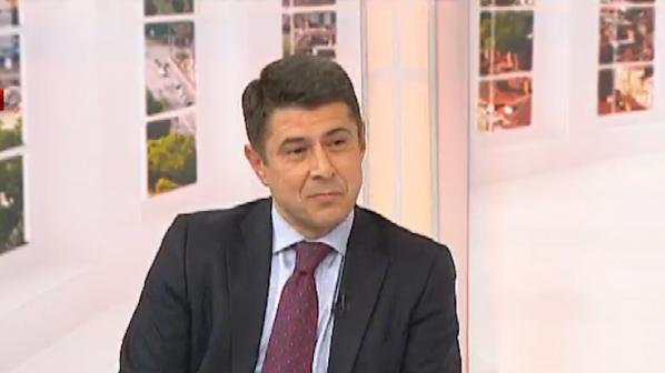 Димо Гяуров: Службите трябва да се освободят от неприсъщи задължения