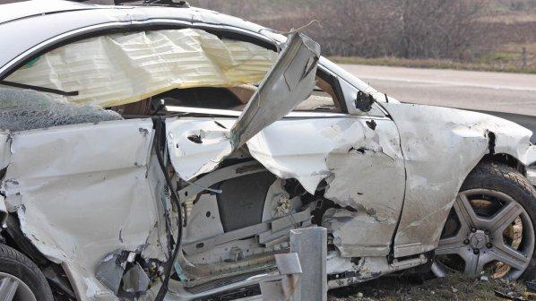 Един загинал и 12 ранени на пътя през изминалото деноношие