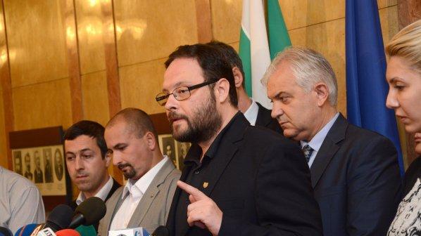 Чуколов изригна: Това е едно турско-българско Народно събрание