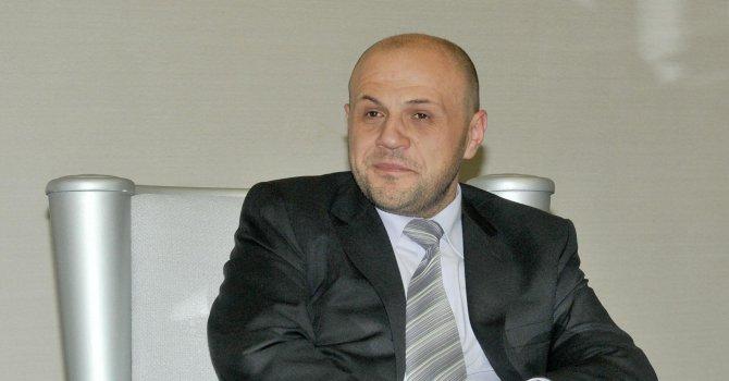 Дончев: Повишаването на цената на тока не е изходът, а най-мързеливото решение