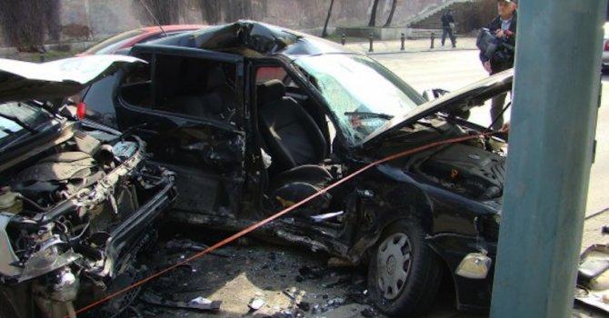 Един загинал и 16 ранени в катастрофи през изминалото денонощие