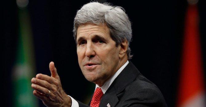 Джон Кери: САЩ не шпионира приятели като Франсоа Оланд