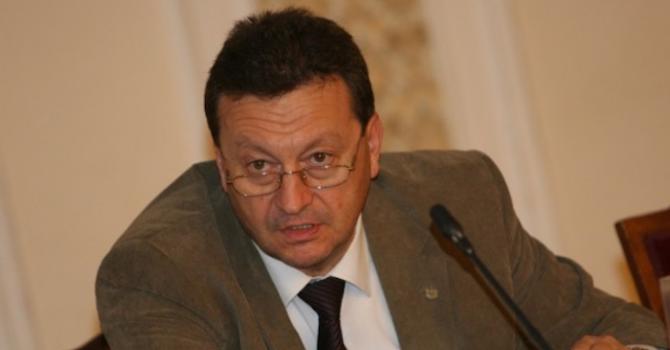 Таско Ерменков: Абсурд е със закон да се сваля цената на тока (видео)