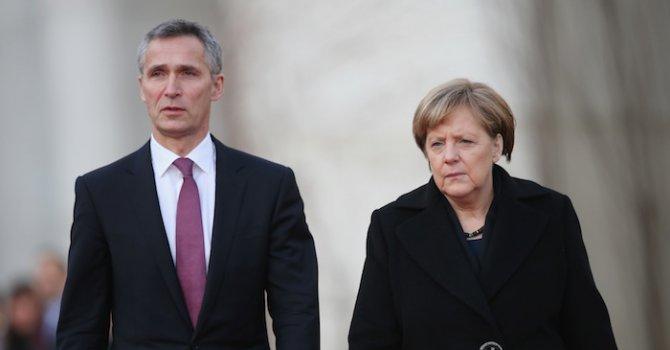 НАТО приветства споразумението за Иран, Меркел настоява за бързо прилагане