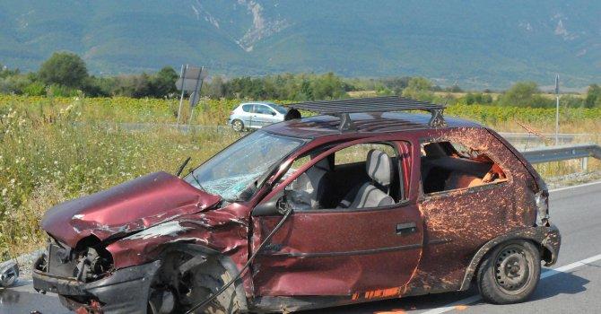29 души ранени и двама загинали при катастрофи за денонощие