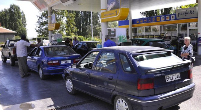 Официално: Под 1% нередовни бензинови колонки