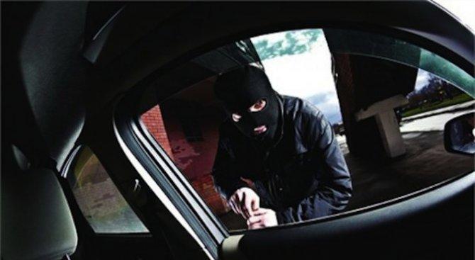 Полицаи под прикритие ще дебнат за автокрадци