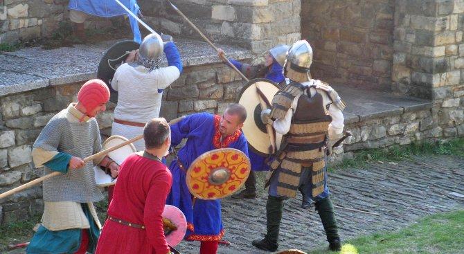 Рицарски фестивал се организира в Средновековния град Червен край Русе