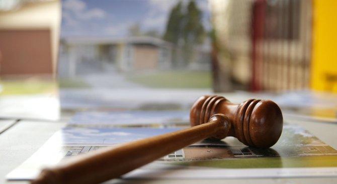 Доживотен затвор за бащата, пребил до смърт дъщеря си, постанови съдът в Русе