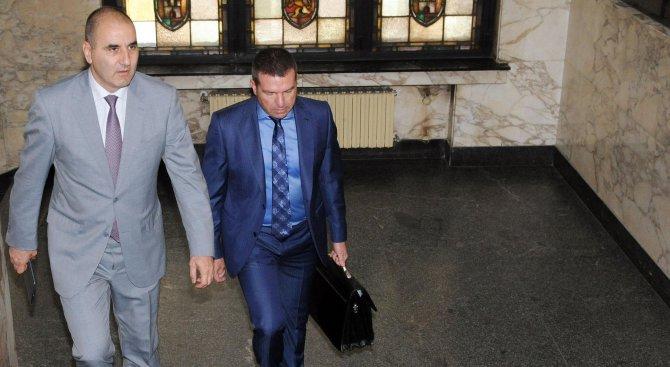Разпитаха Флоров по делото срещу Цветанов