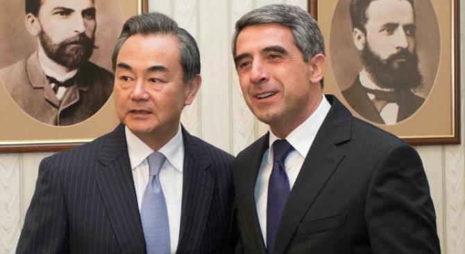Плевнелиев се срещна с китайския външен министър