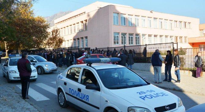 Близки на убитата Симона в Сливен научили от медиите, друга жертва на убиеца Димитър проговори