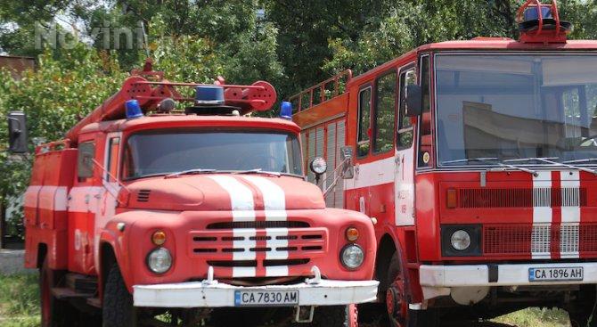 Кола изгоря заради късо съединение в Сливен