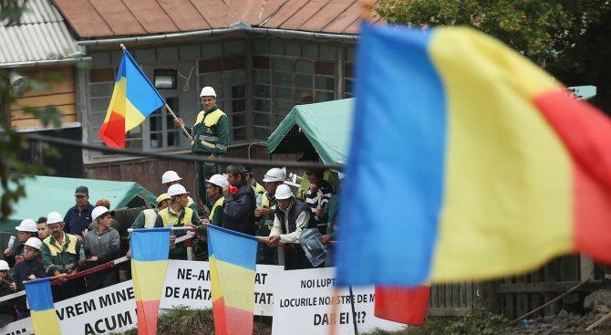 Оставката на премиера Виктор Понта не успокои румънците