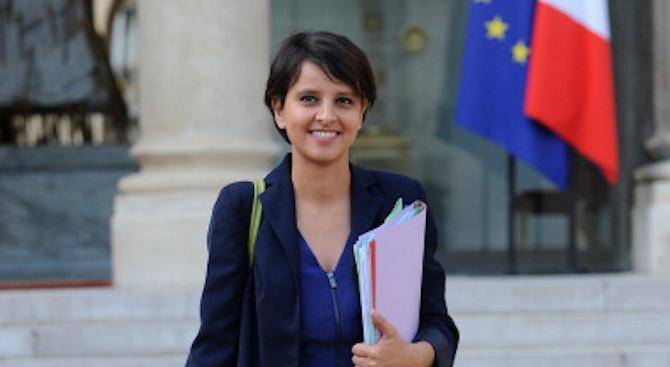Френска министърка бе обвинена, че парадира със сексапил (снимка)
