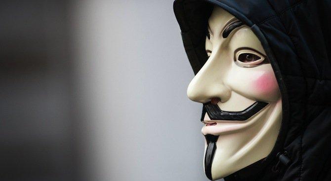 Анонимните с предупреждение към България след атентатите в Париж (видео)