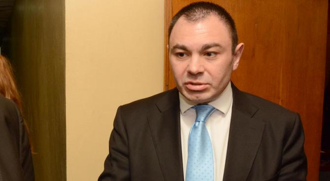 Светлозар Лазаров: Трима души клатят държавата в момента (обновена)