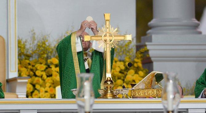 Папа Франциск призова за сближаване между католици и православни