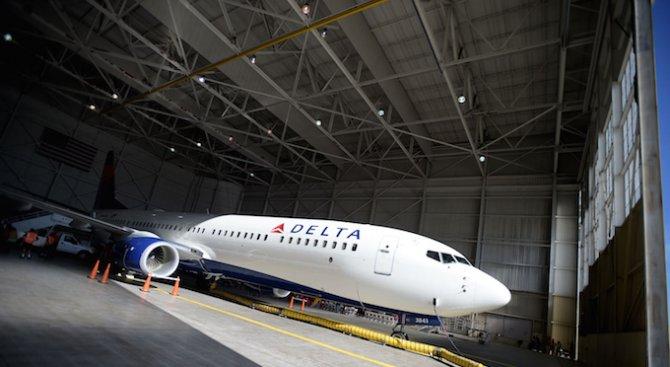 Евакуираха летището в Лос Анджелис заради подозрителен багаж