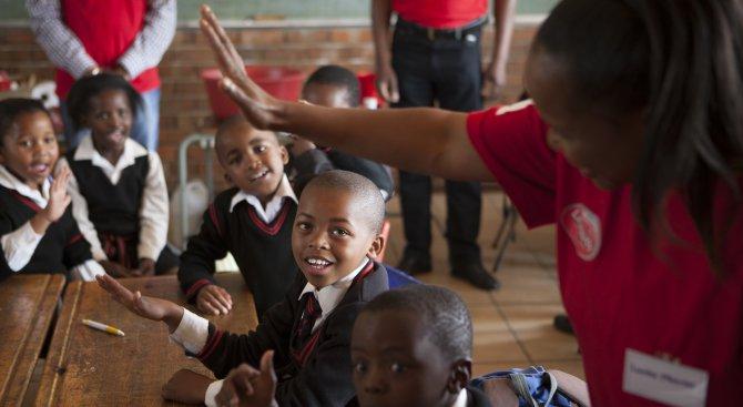 В Танзания ще наказват родителите на деца, които не ходят на училище
