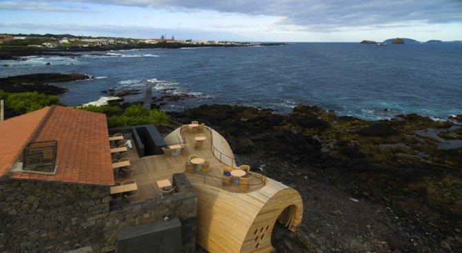 Чудесата на архитектурата: бар на Азорските острови