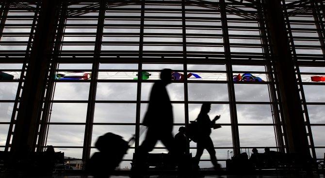 Пътник остана без пенис на летище