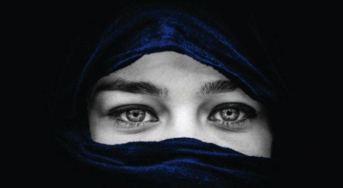 Мюсюлманки срещу забрадките