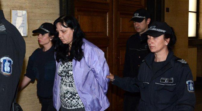Не чувствам вина, обяви акушерката Емилия Ковачева