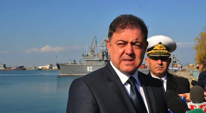Николай Ненчев уволнява втори адмирал?